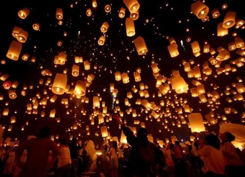 Откуда к нам пришли небесные фонарики и как именно превращать скучный юбилей в неподдельное чудо?