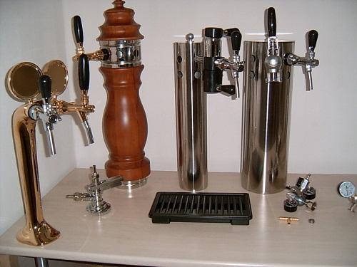 Как вы думаете, отчего пиво так популярно в мире и что за оборудование задействуется для его реализации?