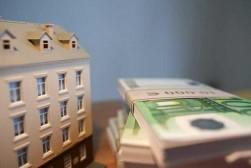Следует ли иметь дело с риэлторами при найме квартиры и каким же образом возможно избежать услуг риэлторов?