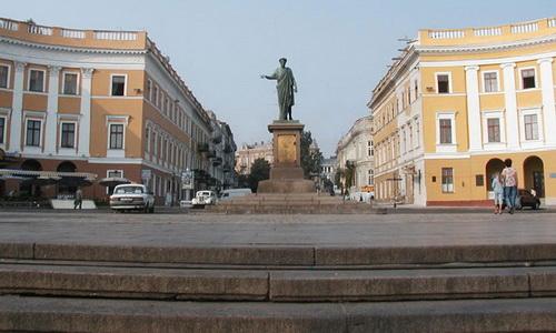 Где снять квартиру в Одессе посуточно