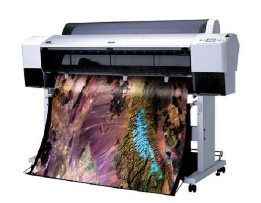 Как совершенствовалась печать широкоформатная и какого типа опциями обладают современные принтеры в типографиях?