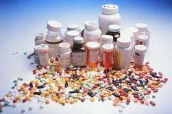 Какого вида процессы возникают при потреблении спиртного и как надо питаться в момент приема медицинских препаратов?